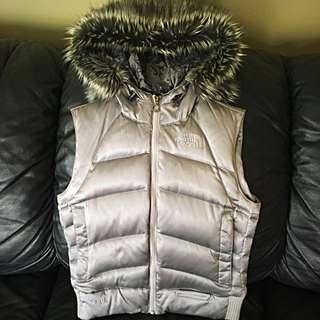 North Face Women's 550 Vest