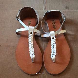 White Sandals [Hibou]