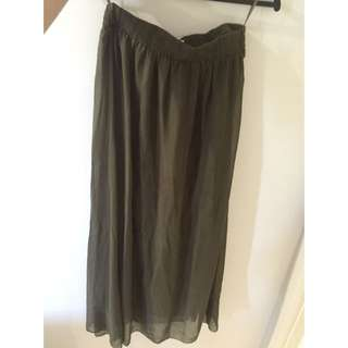 Long Army Green / Black Skirt