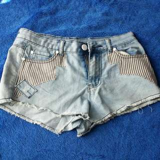 Chicabooti Denim Shorts Sz8