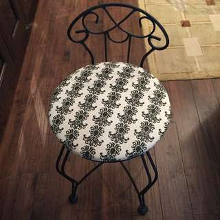 White And Black Damask Vanity Chair