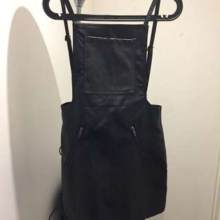 STAPLE THE LABEL PINAFORE SIZE 8