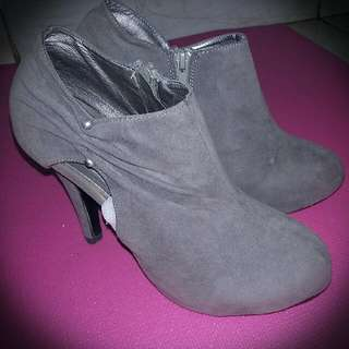 ICONinety9 Ankle Boots
