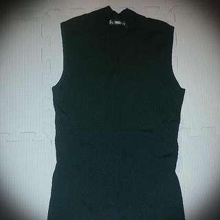 V領削肩針織衣