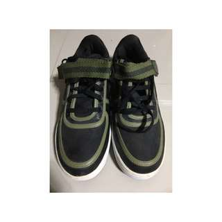 NIKE ( authentic)