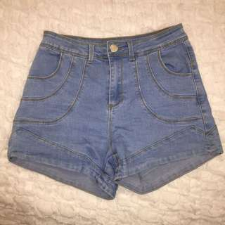 Highwaisted Shorts Size 10