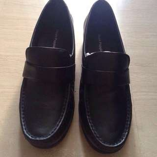 Black Hush Puppies Shoes