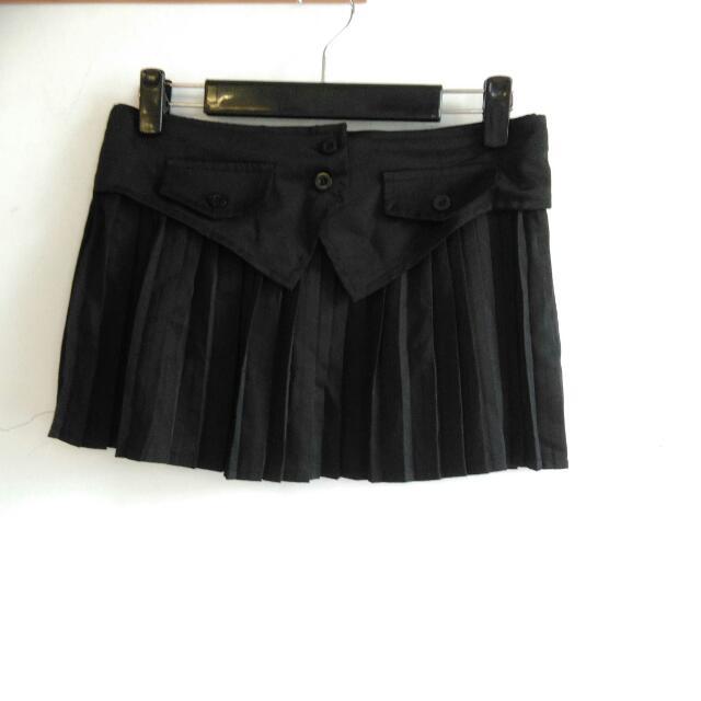 西裝材質/黑色百摺褲裙