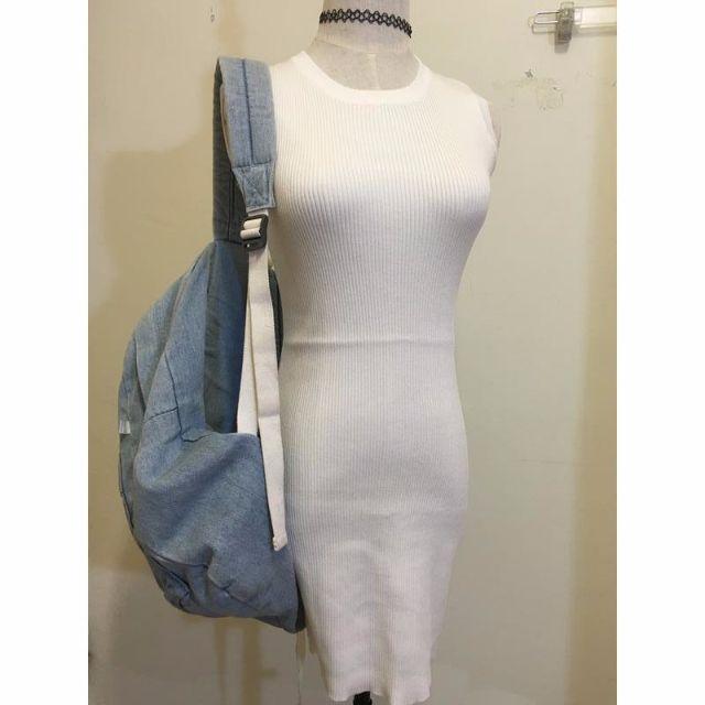 純白針織洋裝