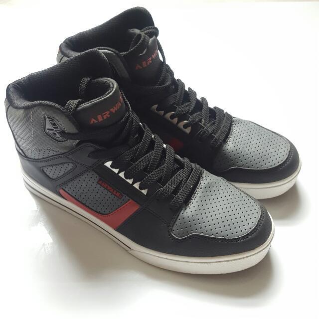 Airwalk High Sneakers
