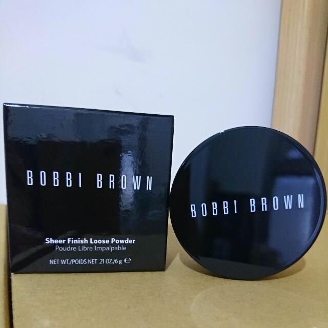 全新Bobbi Brown羽柔蜜粉