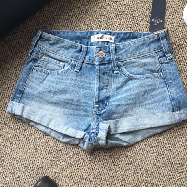 Brand New Hollister Boyfriend shorts