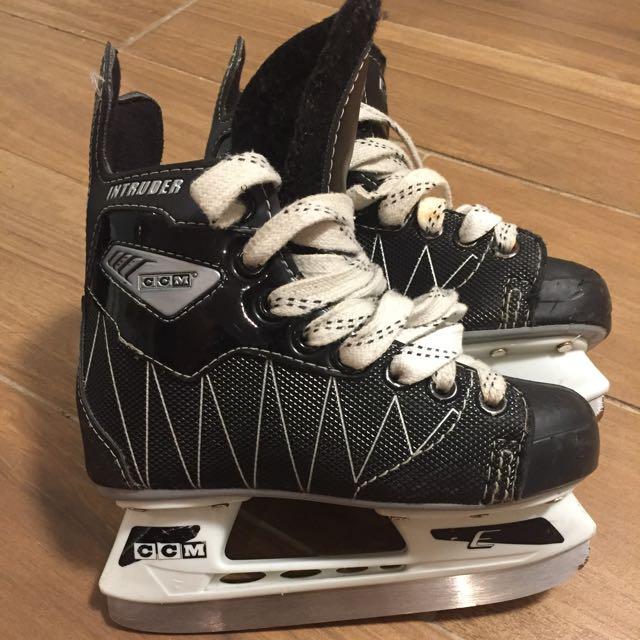 CCM Kid's Hockey Skates Size 12