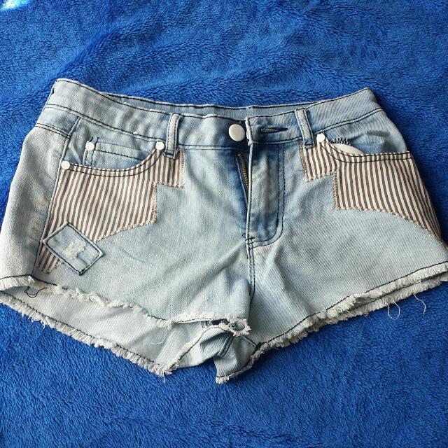 Chicabooti Denim Shorts Sz8