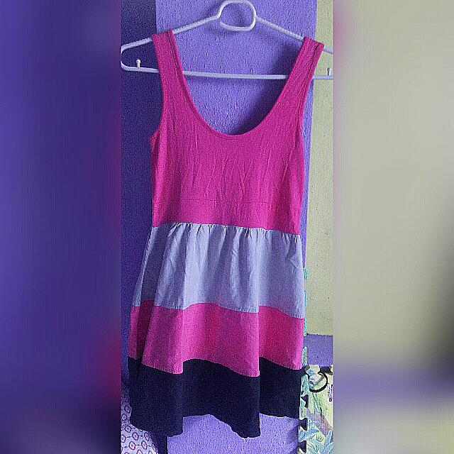 Dress (Never Been Kissed)