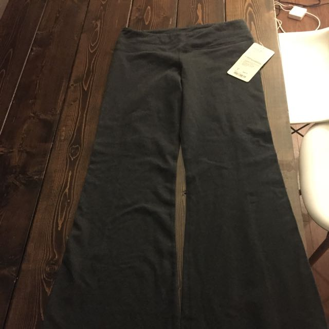 New Lululemon Groove Pants - With Tag