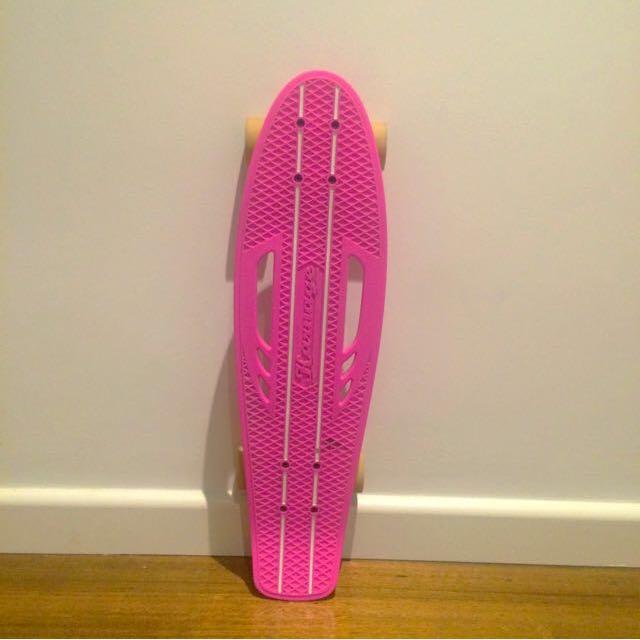 PINK/WHITE SKATEBOARD