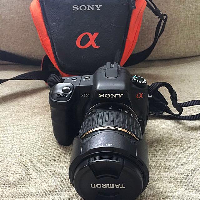 Sony Alpha 200 DSLR Camera