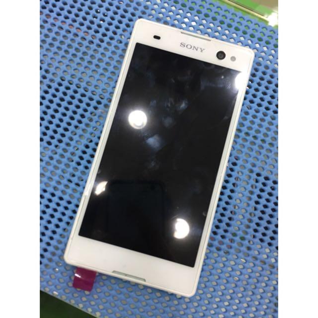 Sony C3 白色