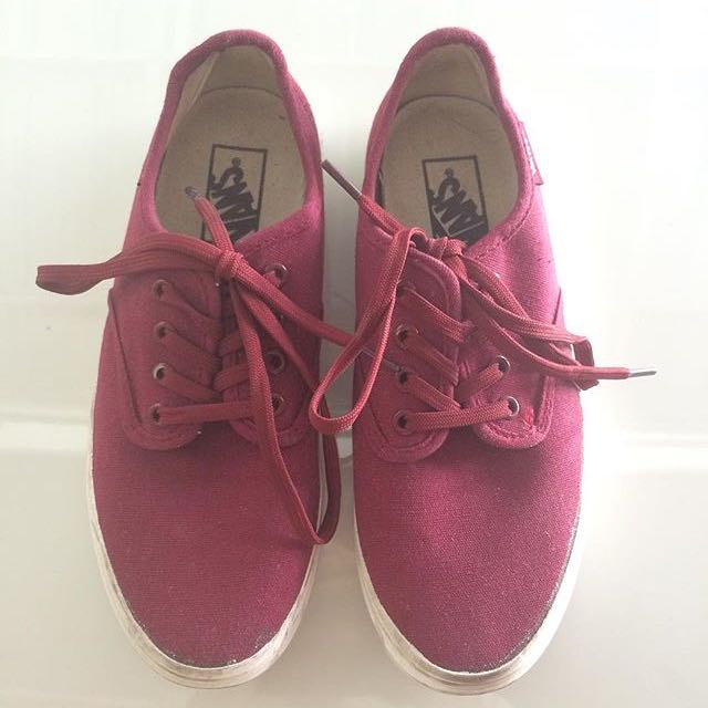 VANS MAROON/RED