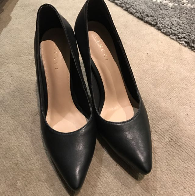Vincci Pointy Heels