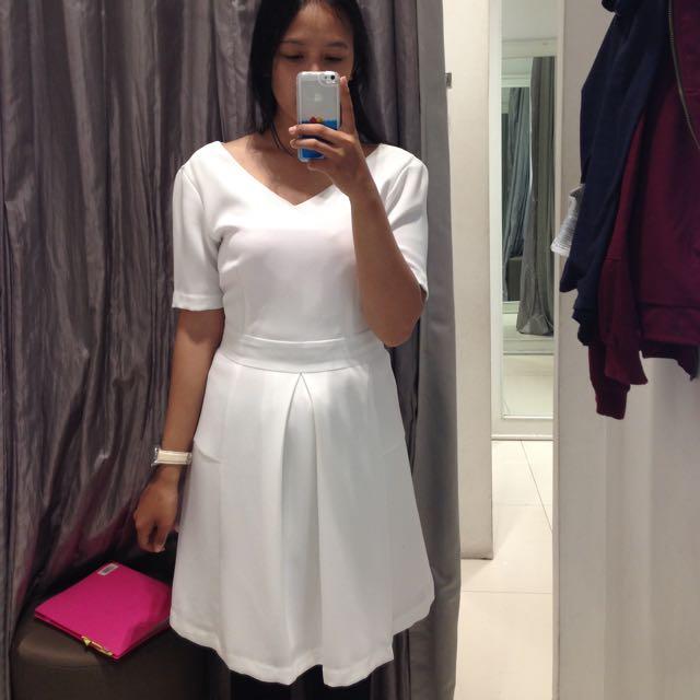 Vintage Dress Minimal