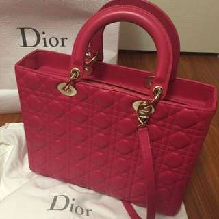 Lady Dior (100% authentic)