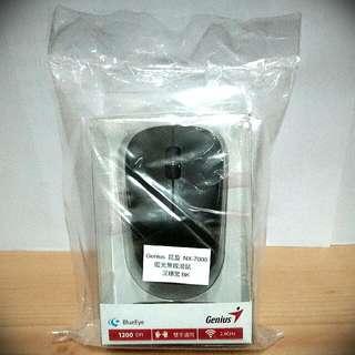 Genius 昆盈 NX-7000 藍光無線滑鼠 - 沉穩黑