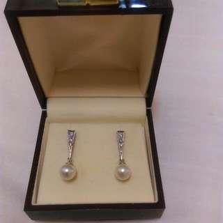 珍珠耳環正品九成新