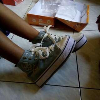 Denim Sneakers Sepatu