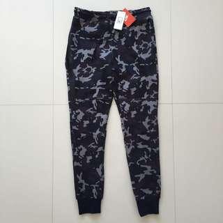 Nike Tech Fleece Camo Joggers Size M 682952 233