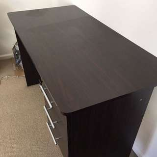 Office Table With Drawers (including Lock)