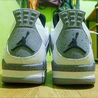 Jordan Air 4 White Cement