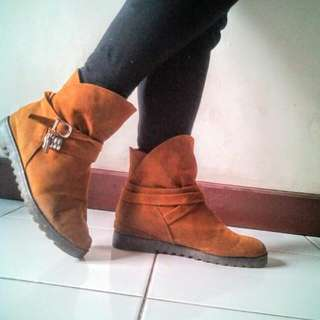 Brown Boots Fashion