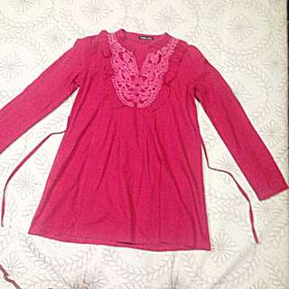 Red V-neck, Longsleeve Blouse