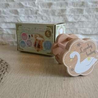 🚚 日本品牌Kishima🍄兒童玩具 嬰幼兒手搖原木玩具/安撫玩具