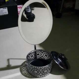 🚚 金屬雕花鏡