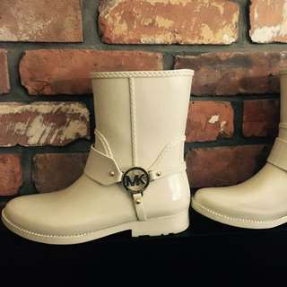 🔴Like New Micheal Kors Rain Boots