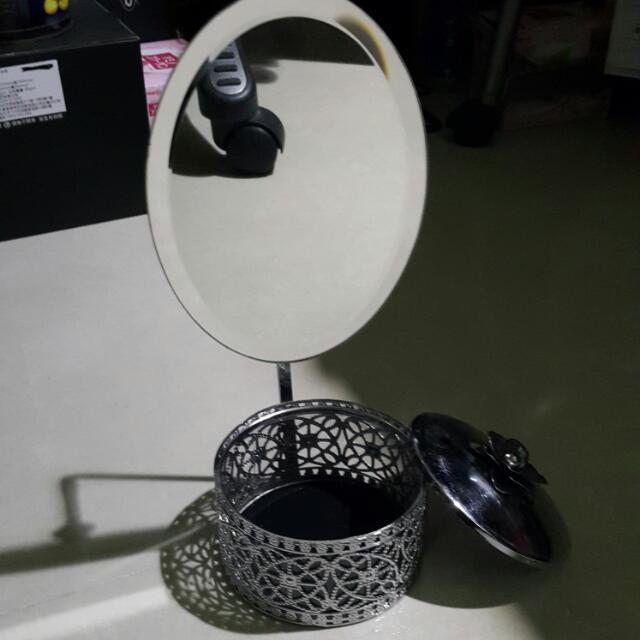 金屬雕花鏡