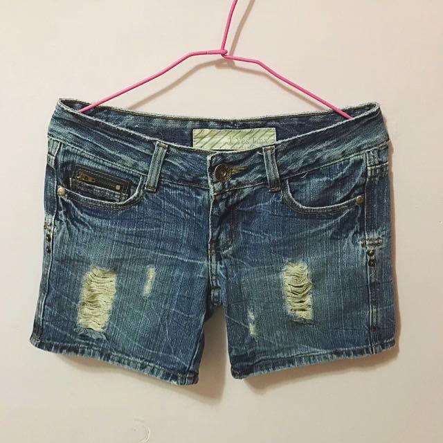 👖淺藍色牛仔短褲