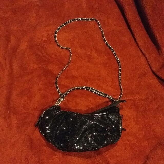 Black Sequin Cocktail Purse With Silver Chain Hardware