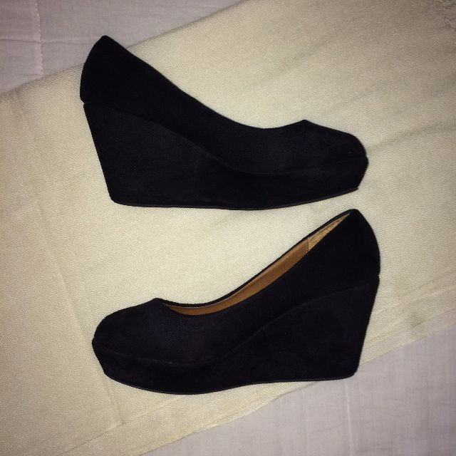 Black Suede Small Heels