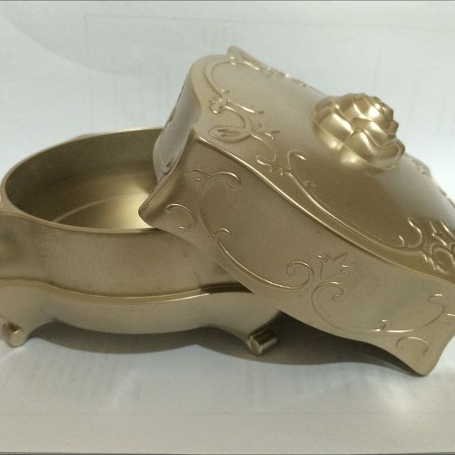 Box Powder Anna Sui (Bronze)