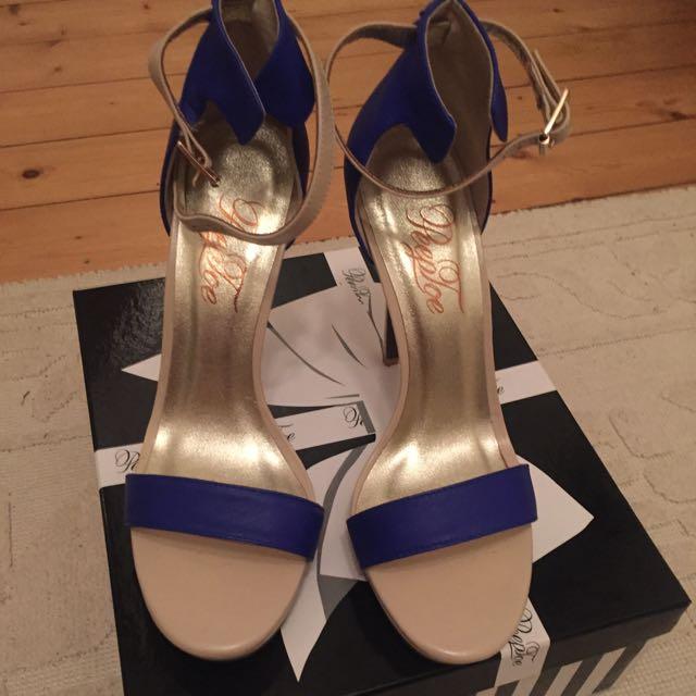 Brand New Peep toe Strappy Shoe 39