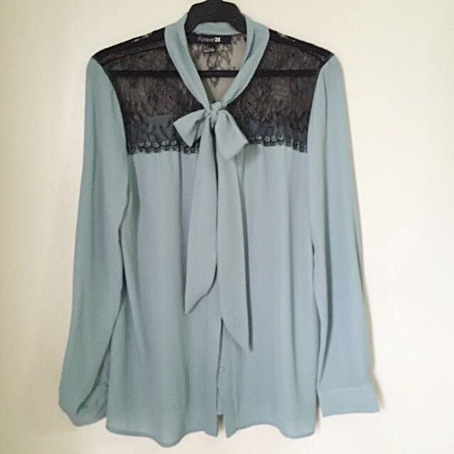 F21 Long Sleeves With Ribbon