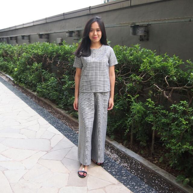 Grey Top+ Cullotes (1set)