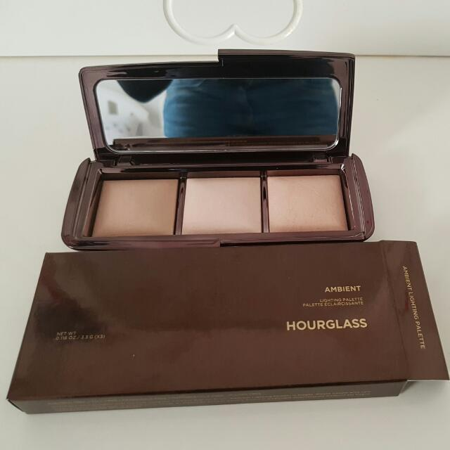 Hourglass Ambient Lighting Palette (Authentic)