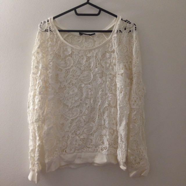 Lace jumper Size S