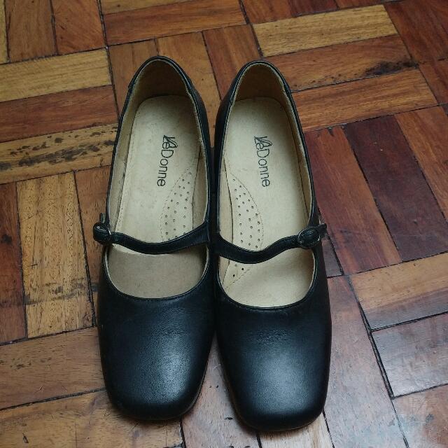 [REPRICED]Ledonne Leather Black Shoes