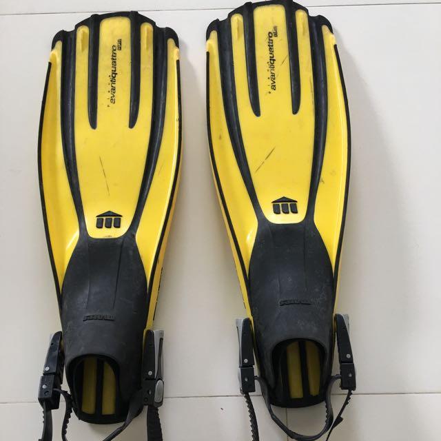Mares Avanti Quattro Plus Adjustable Heel Strap Fins with Dive Mask